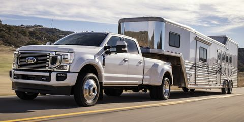 Ford Super Duty >> 2020 Ford Super Duty Takes Heavy Duty Torque And Towing Crowns