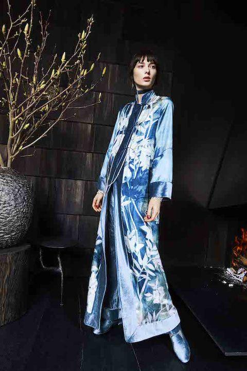 Formal wear, Twig, Street fashion, Black hair, Electric blue, Fashion model, One-piece garment, Fashion design, Costume design, Model,