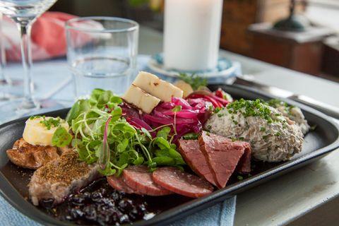 Dish, Food, Cuisine, Flat iron steak, Ingredient, Roast beef, Meat, Venison, Beef tenderloin, Rinderbraten,
