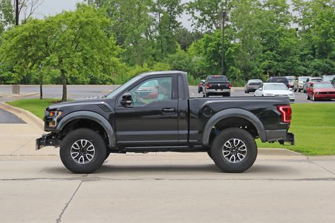 Ford Raptor Bronco >> This Sure Looks Like A Full Size Ford Bronco Test Mule