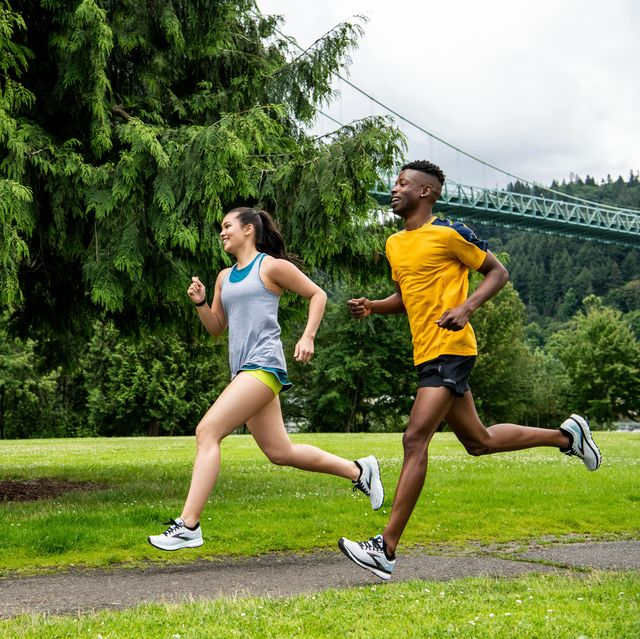 brooks ghost 13 running shoes marathon training gear