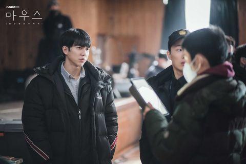 李昇基主演的韓劇《mouse》劇情大綱