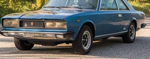 Land vehicle, Vehicle, Car, Coupé, Sedan, Fiat 130, Classic car, Executive car,