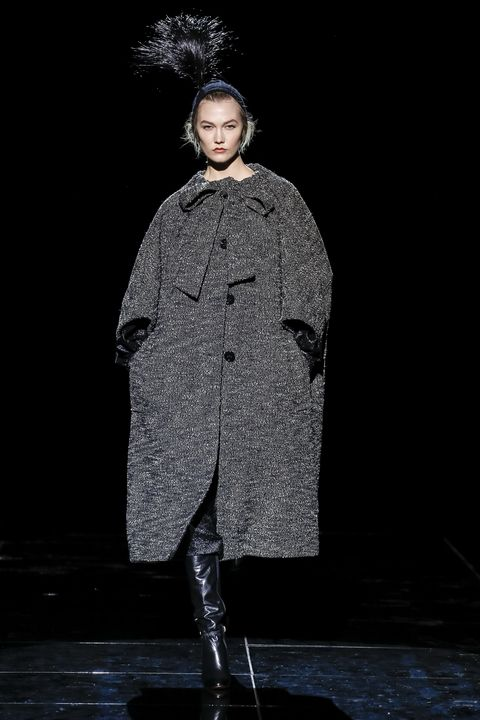 Fashion, Fashion show, Outerwear, Runway, Human, Coat, Fashion design, Performance, Event, Overcoat,