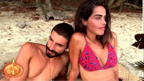 Fabio y Violeta pasan una noche a solas en Supervivientes