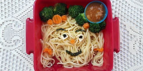 Dish, Food, Cuisine, Chinese noodles, Ingredient, Noodle, Shirataki noodles, Spaghetti, Capellini, Chow mein,