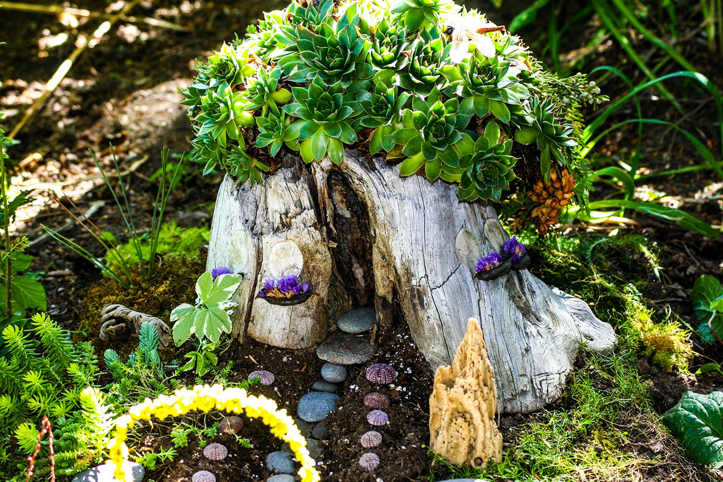 10 DIY Fairy Garden Ideas - How to Make a Miniature Fairy Garden