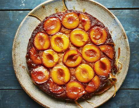 meghan markle cookbook plum upside-down cake