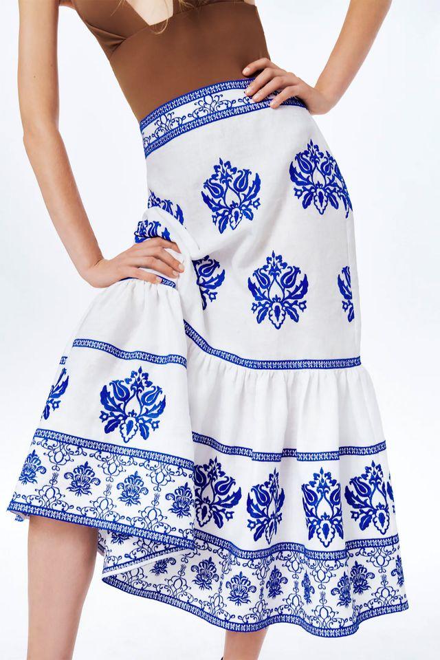 falda bordada de zara en azul