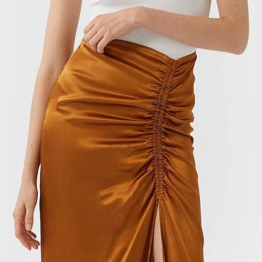 falda midi ajustada de stradivarius
