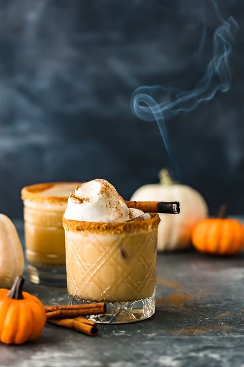 fall cocktails pumpkin spice white russian