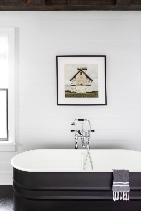 monochrome bathroom ideas