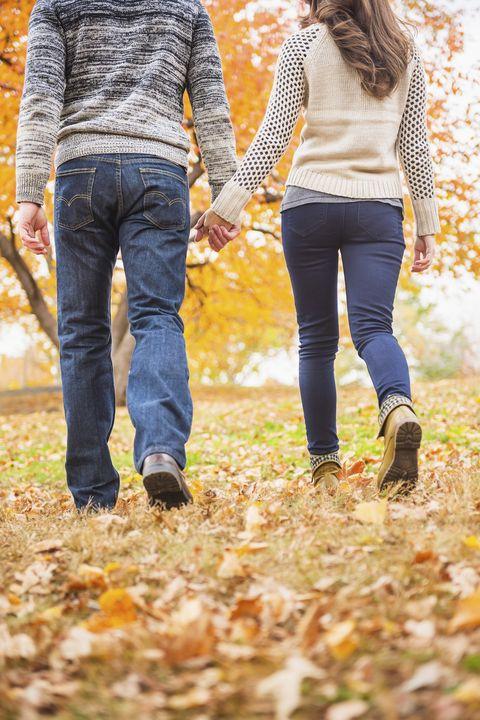 fall date ideas leaf peeping