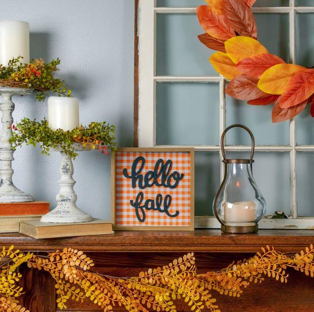 fall-decor-ideas-1589381898.jpg?crop=0.671xw:1.00xh;0.139xw,0&resize=640:*