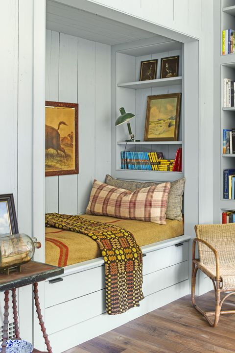fall decorating ideas reading nook