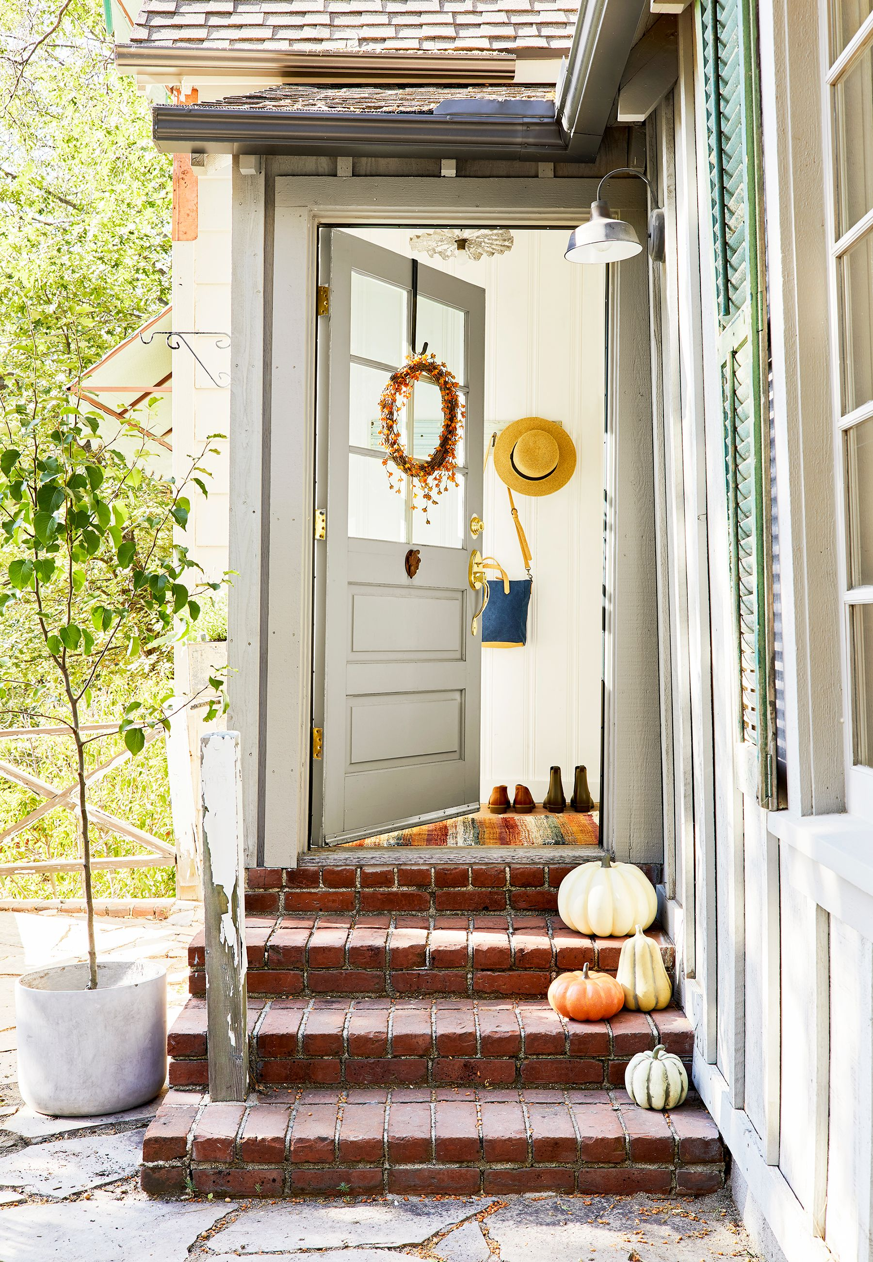 22 Best Fall Door Decorations Cute Front Door Fall Decor Ideas