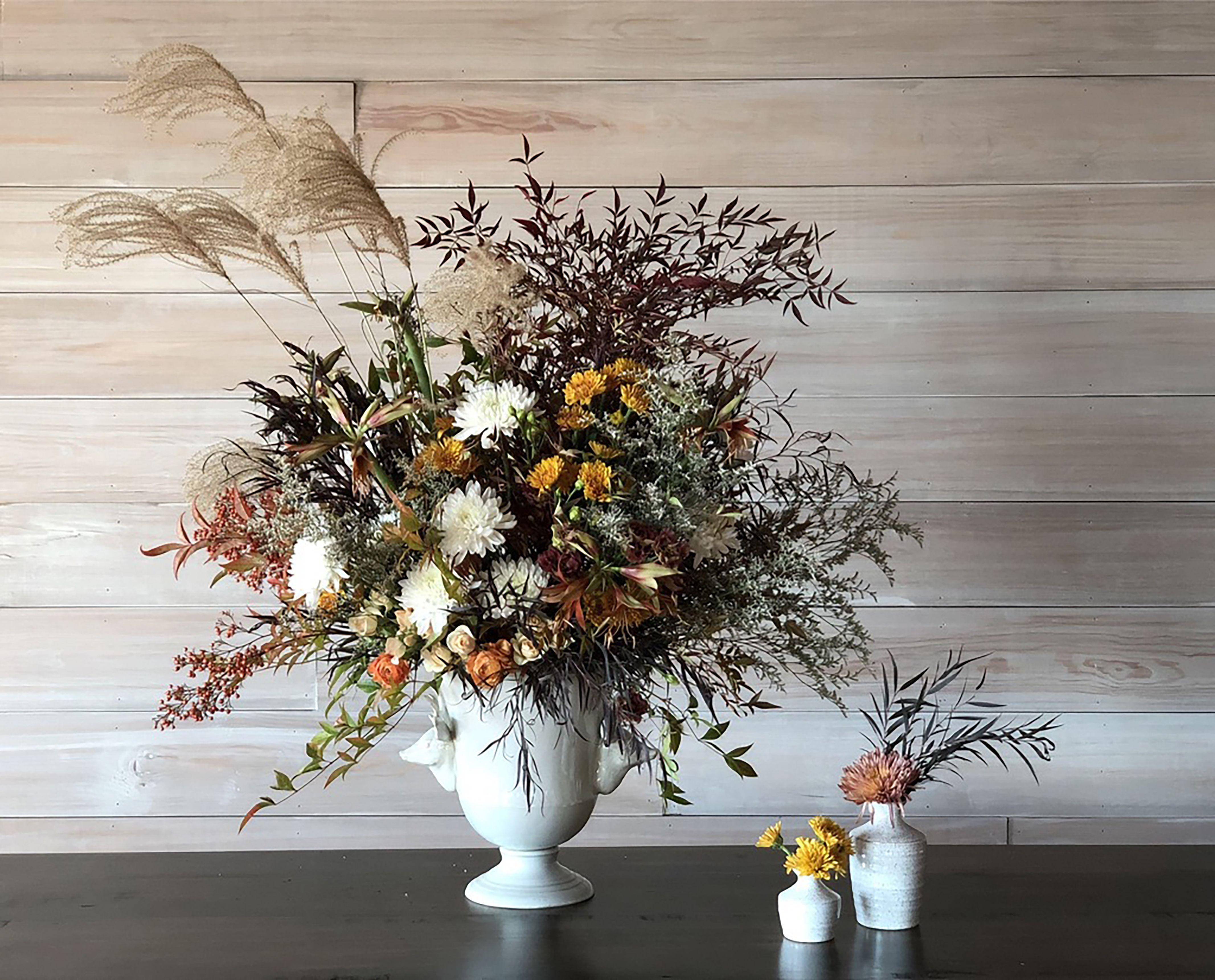 Image of: 13 Fall Flower Arrangements Create A Gorgeous Floral Centerpiece