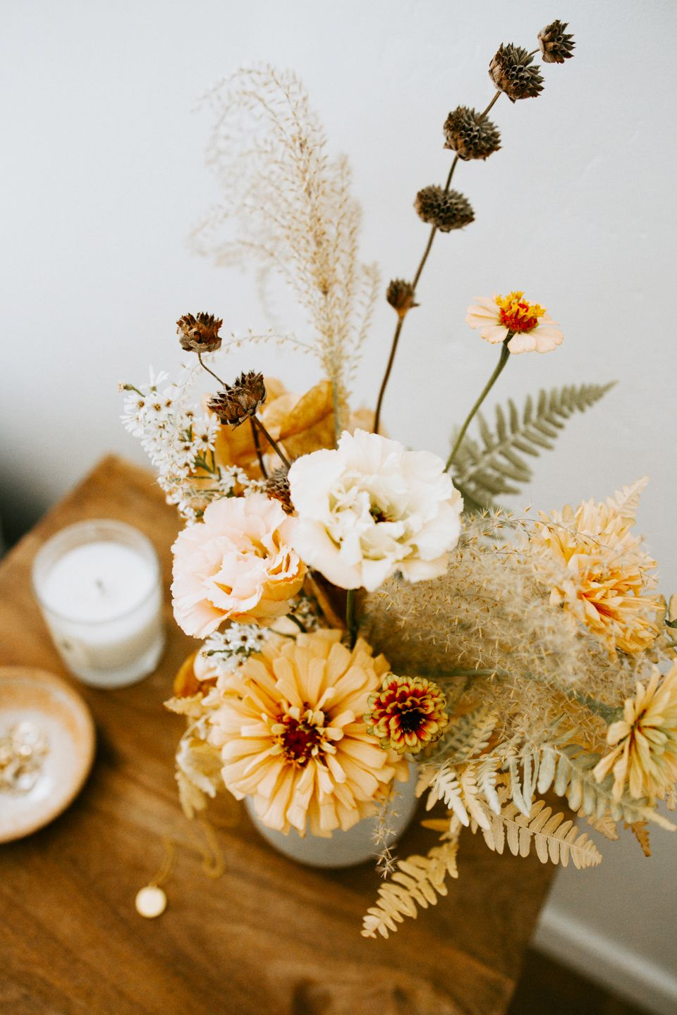 32 Fall Flower Arrangements Ideas For Fall Table Centerpieces