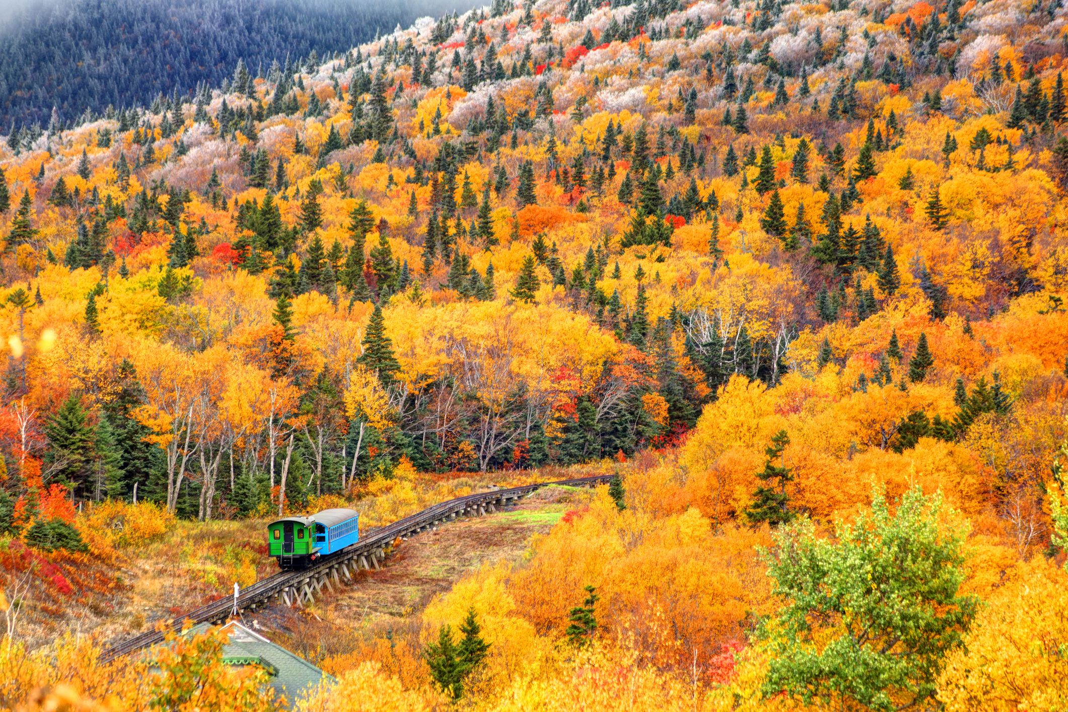 10 Fall Foliage Train Rides You Need to Add to Your Seasonal Bucket List ASAP