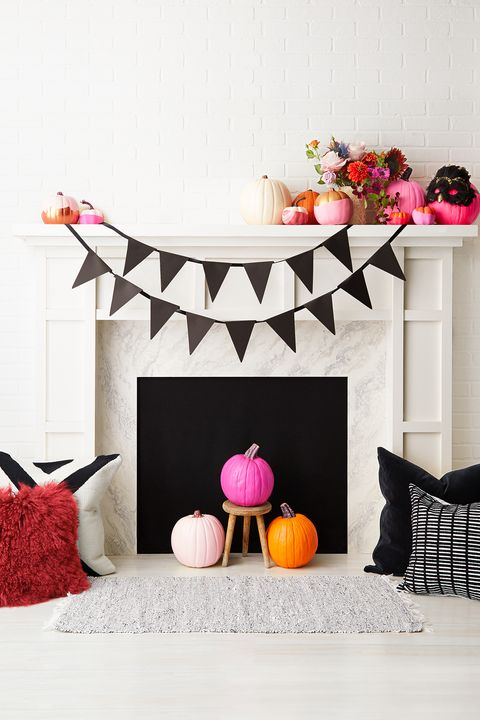 fall mantel decor ideas, halloween mantel