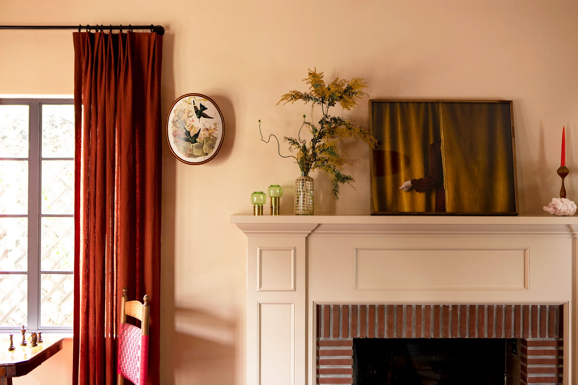 19 Cozy Fall Mantel Ideas And Fireplace Styling Tips