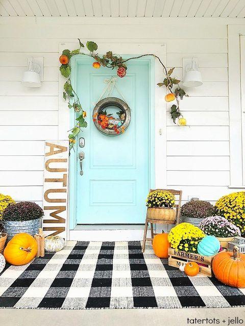 fall porch decor plaid rug