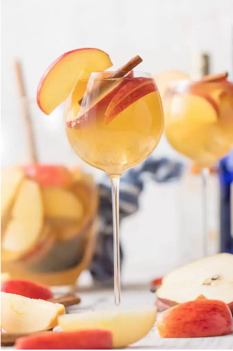 fall sangria caramel apple