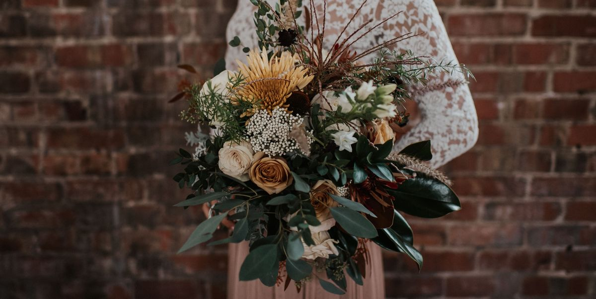 Fall Wedding Bouquets That Are So Gorgeous, You'll Wish They Could Last Forever