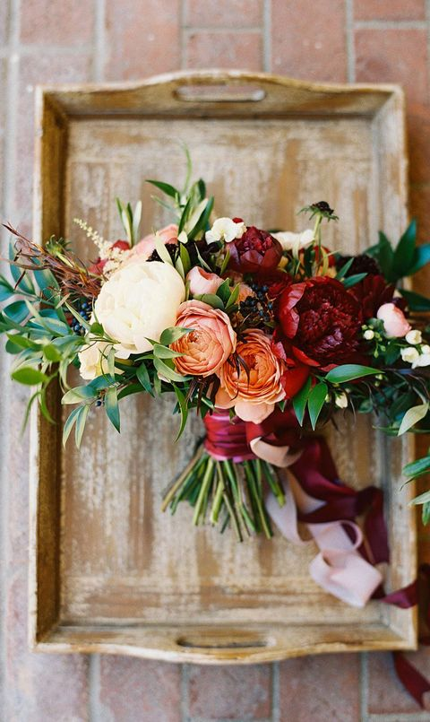 25 fall wedding bouquets fall flowers for wedding bouquets fall bouquet with velvet junglespirit Images