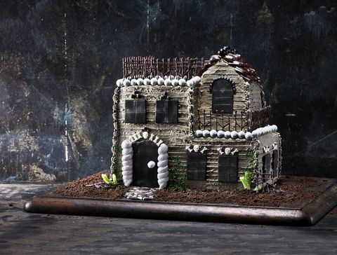 fall wedding cake haunted house