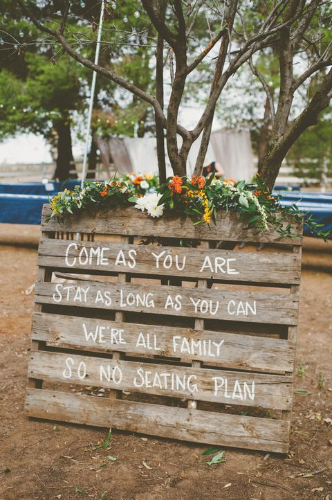 fall wedding entrance sign