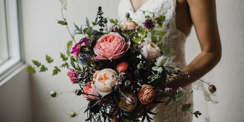 25 Fall Wedding Bouquets - Fall Flowers for Wedding Bouquets
