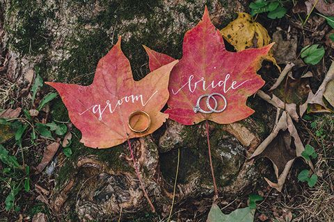 fall wedding ideas leaf ring photo