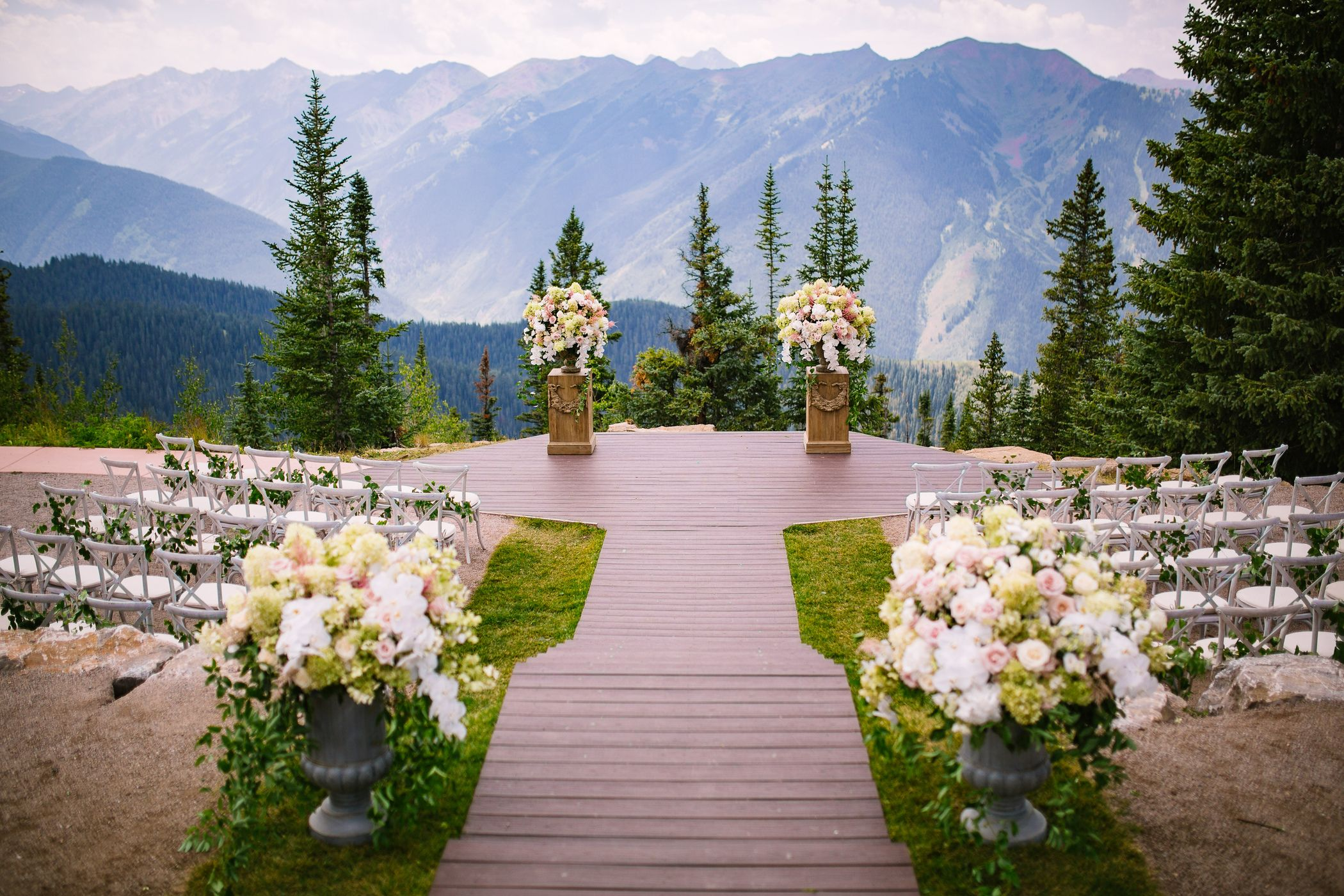 Best Locations For Fall Weddings