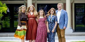Guillermo de Holanda, Máxima de Holanda, Familia Real Holanda, Rey de Holanda, Rey Guillermo hijas, Familia real posado veraniego