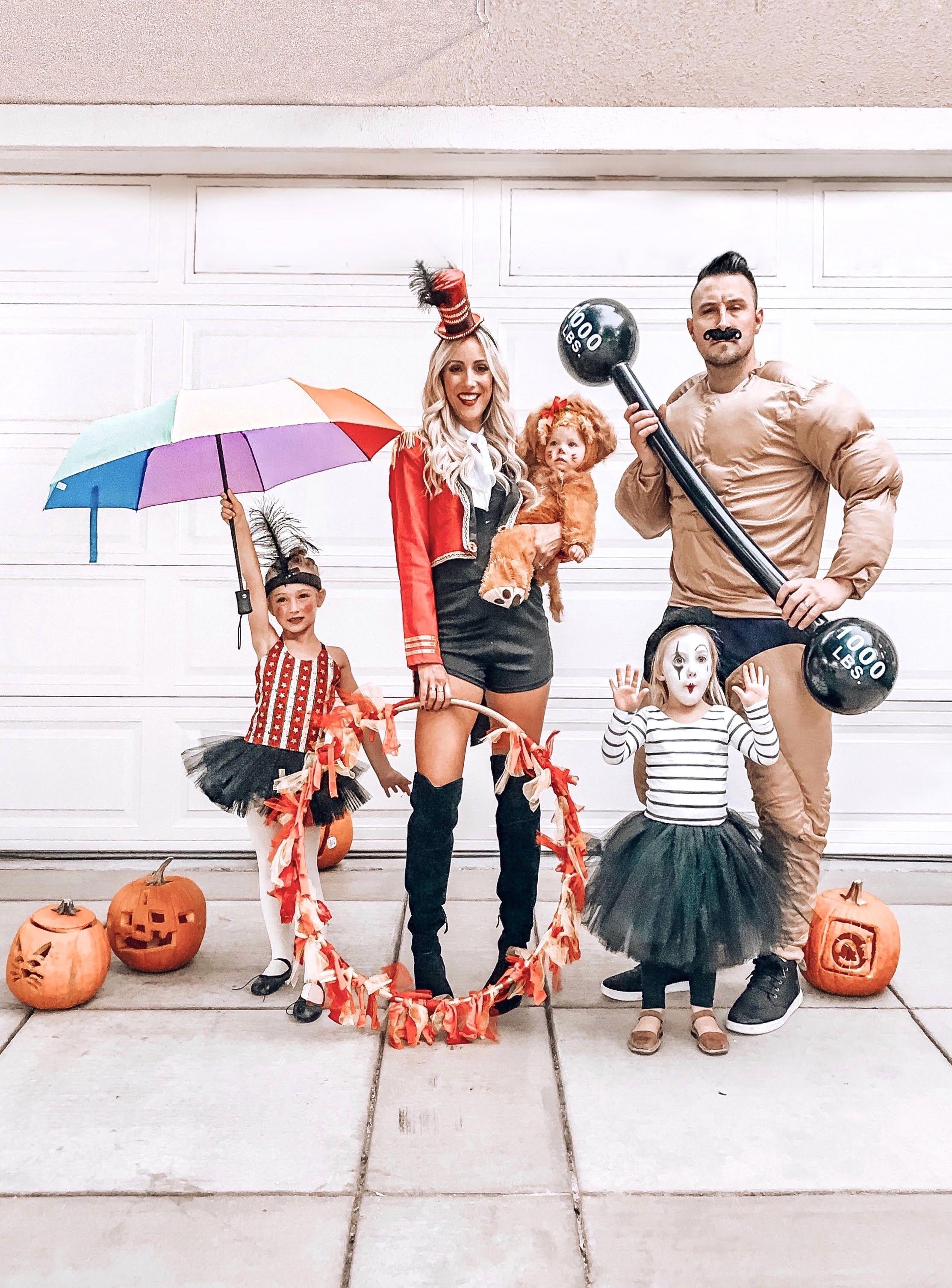 Circus Circus Halloween 2020 18 DIY Circus Costume Ideas for Halloween   Best Circus Halloween