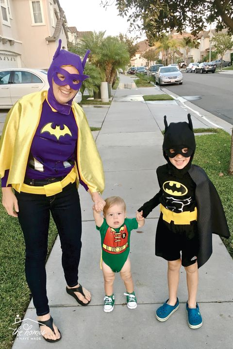 family halloween costumes batman
