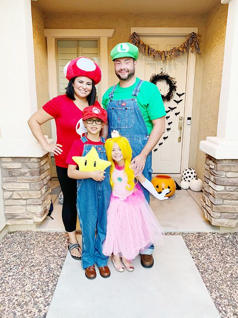 family halloween costumes super mario