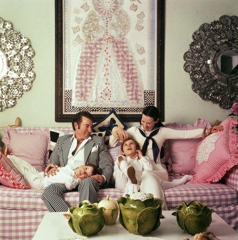 Gloria Vanderbilt Relationship With Her Children and