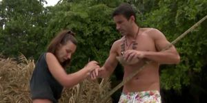 Fani se consuela con Hugo tras su peor noche en 'Supervivientes'