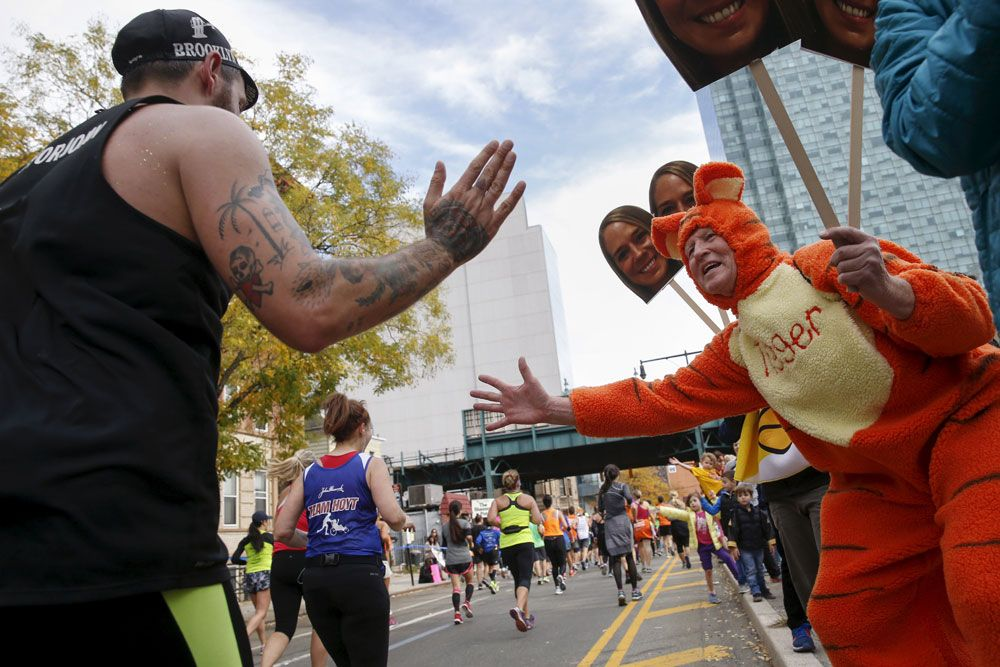 Nyc marathon guide: how to spot your favorite runner more than once.