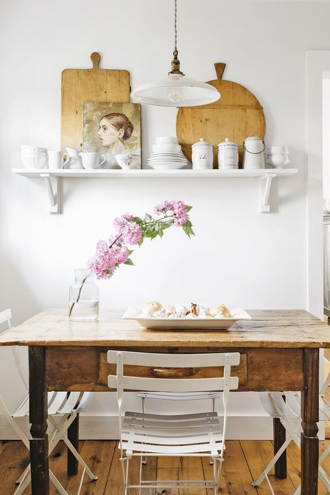 farmhouse decor - table