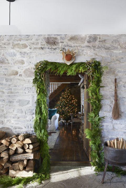 Firewood Farmhouse Decor Ideas