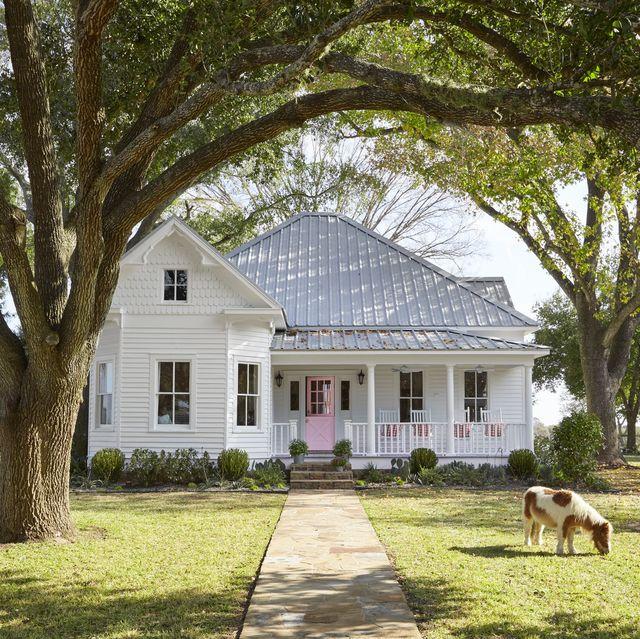 Farmhouse-Front-Door