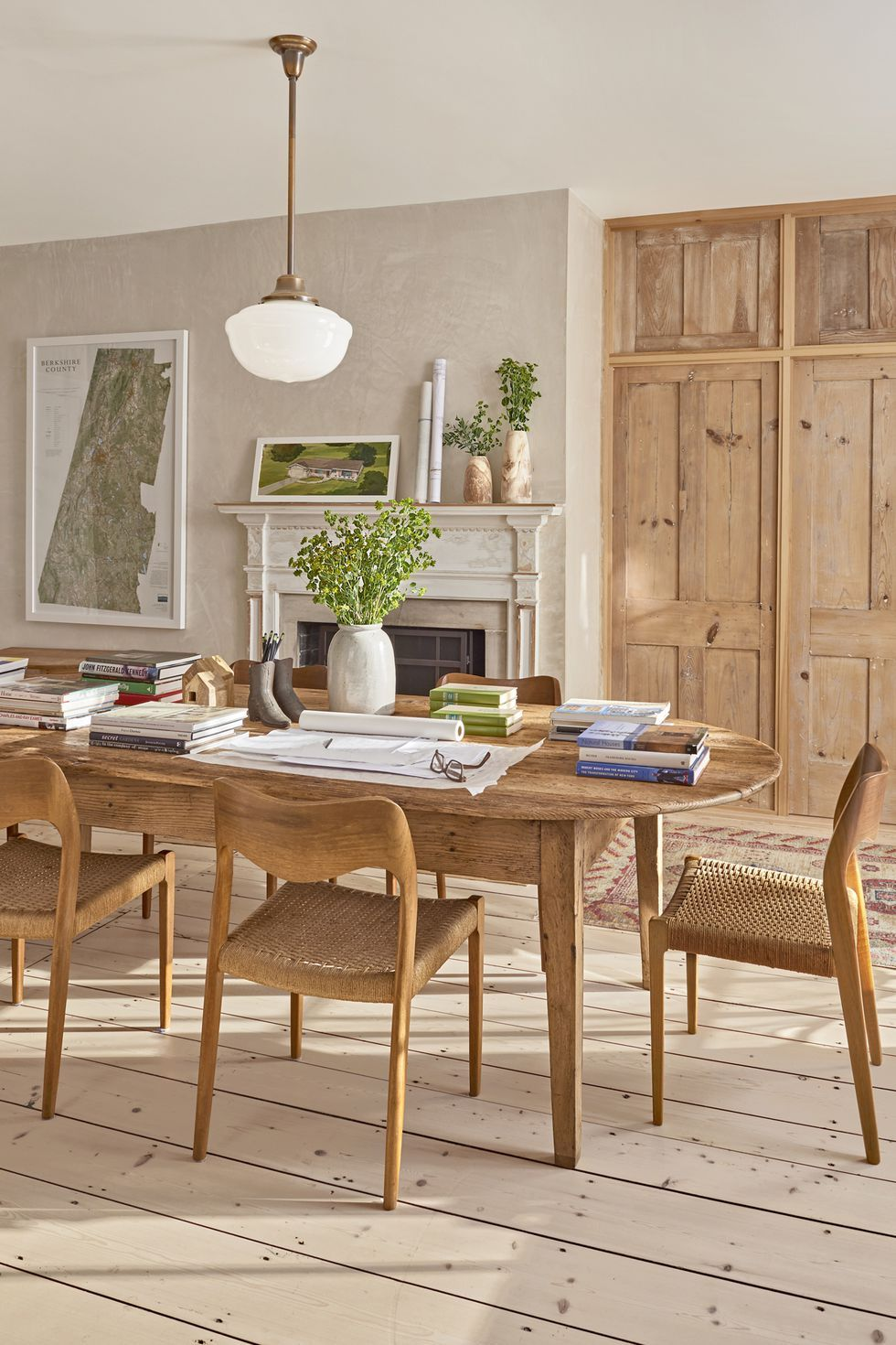 Farmhouse Style Dining Room Furniture
