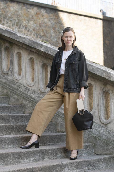 Street Style - Paris Fashion Week Womenswear Fall/Winter 2019/2020 : Day Three