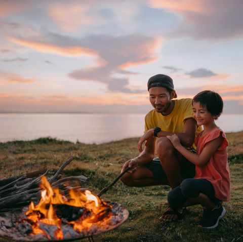 father daughter campfire