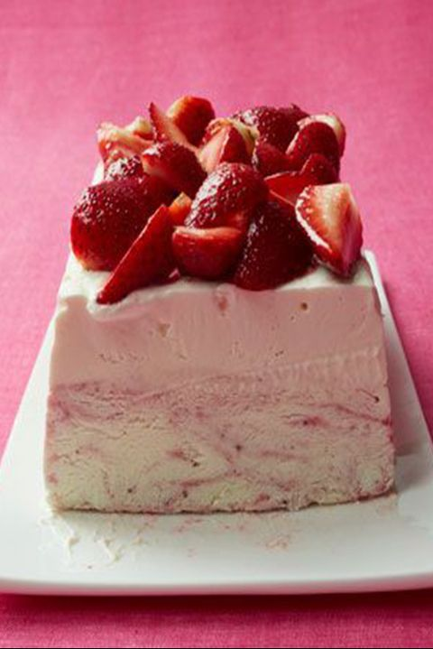 fathers day cakes strawberry ice cream cheesecake
