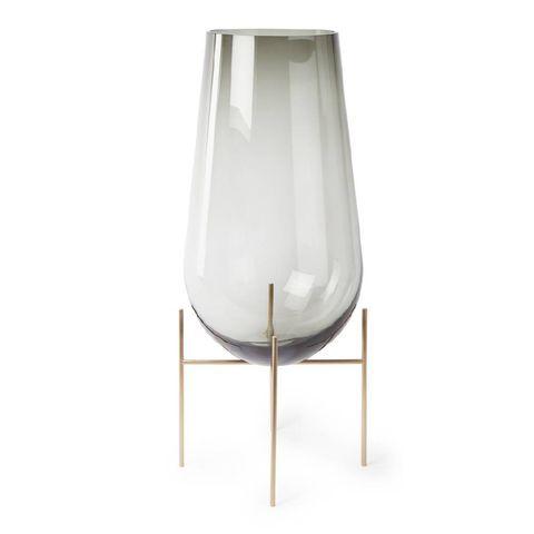 Bord, drink glas, vaas en kaarsen. De favorieten van ELLE decoration