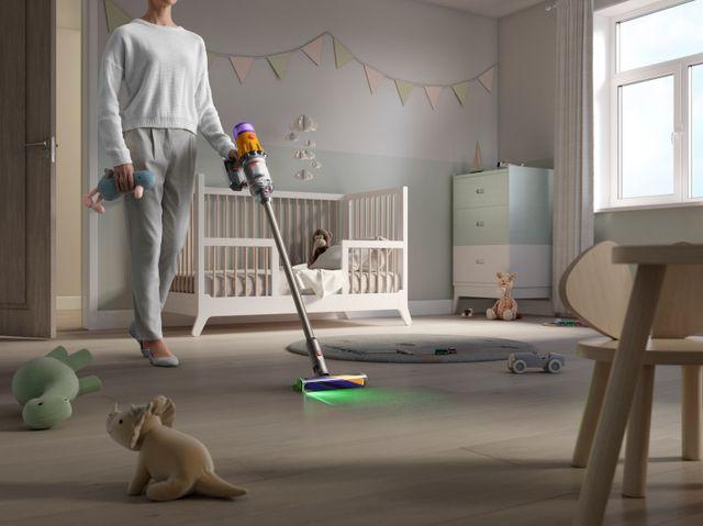 dyson v15 detect floor care